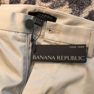 NWT Men's Banana Republic Core Temp Pant